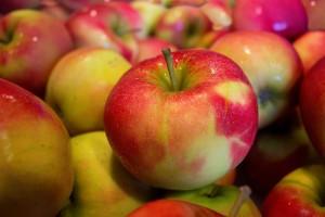 apples-490474_1280