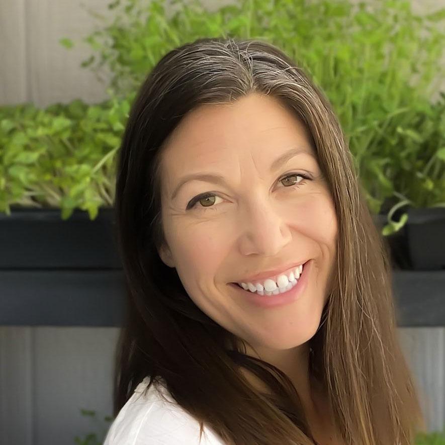 Melissa Canales, Quantum Microgreens